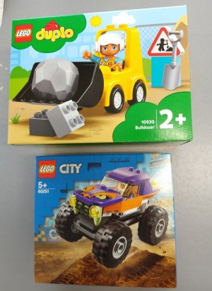 Lego - Bulldoser (10930) & Monsertruck (60251)