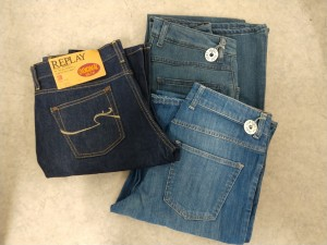 Jeans dame str. 30 , 3 stk (Acne + Replay)